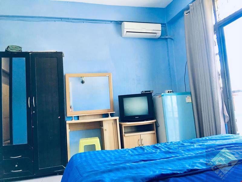 Picture of ขายเกสต์เฮาส์ 4 ชั้น 10 ห้องนอนใกล้ถนนคนเดิน