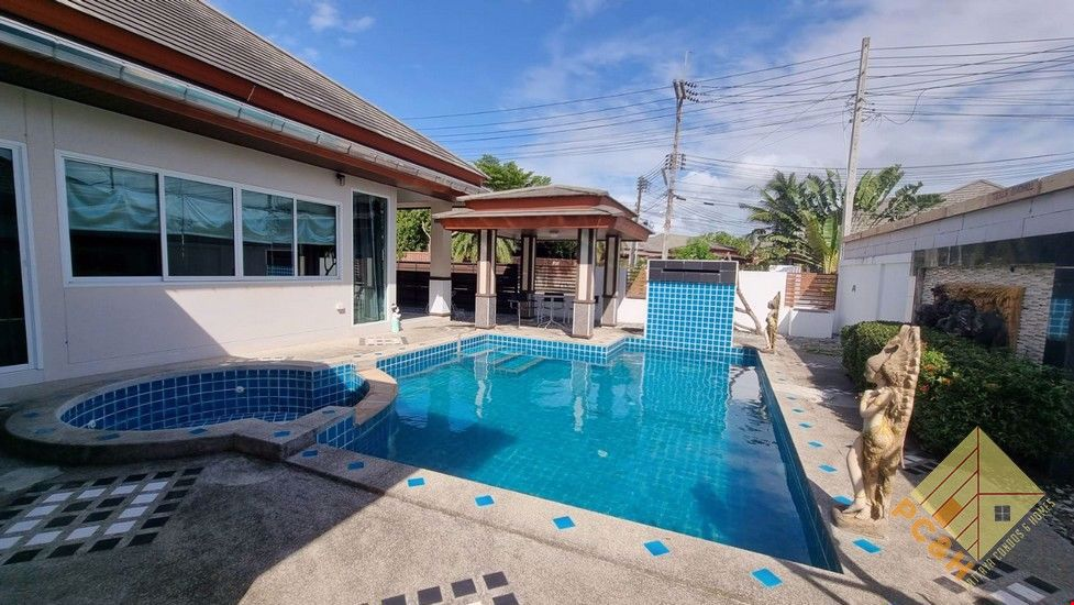 Picture of Piam Mongkol - 3 Bedroom House for Rent with Private Pool