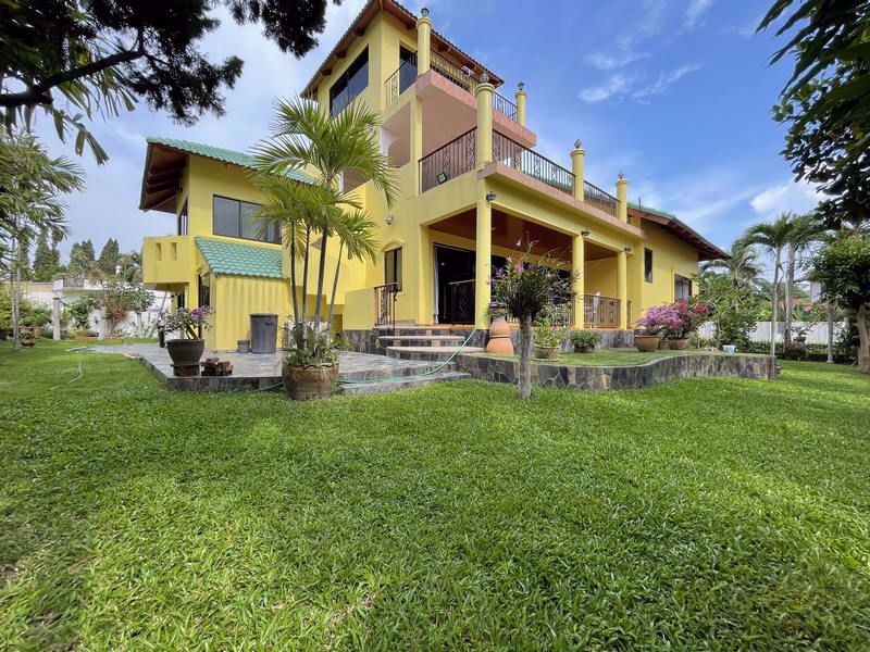 Picture of Paradise Villa 1 for rent in Toongklom Talman.