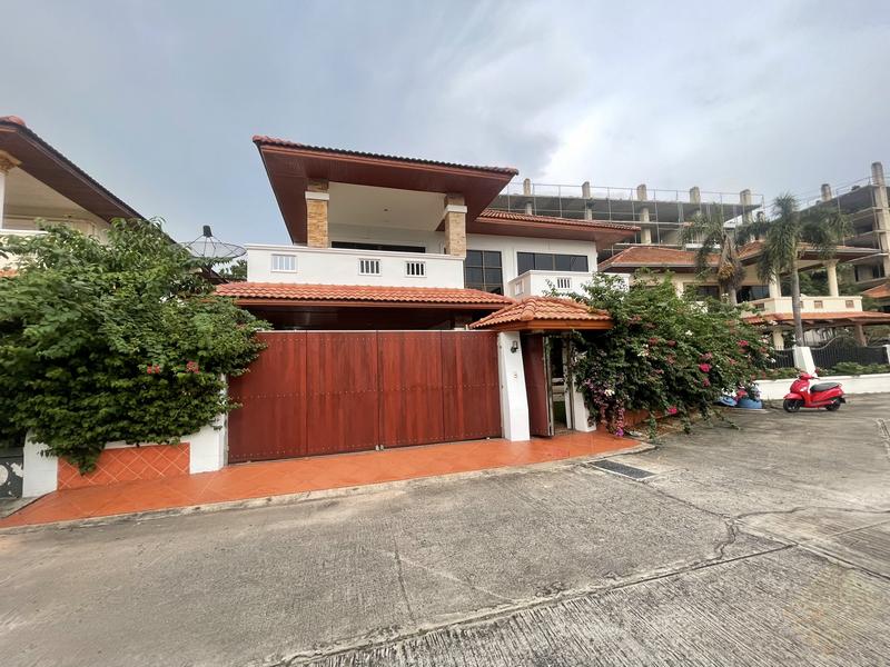 Picture of Eakmongkol Village 1 - House for rent 5 bedrooms in Jomtien